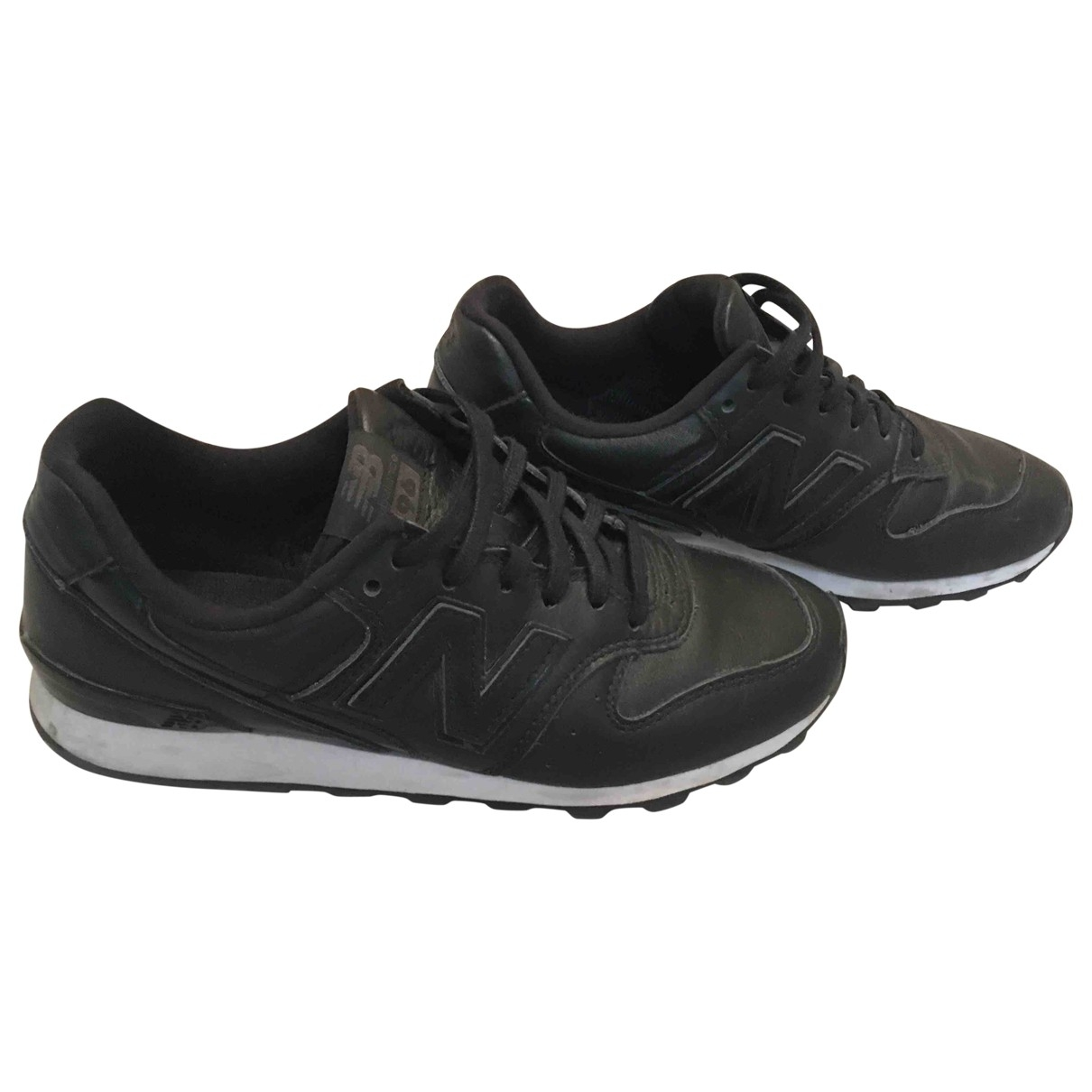New Balance \N Black Leather Trainers for Women 36 EU