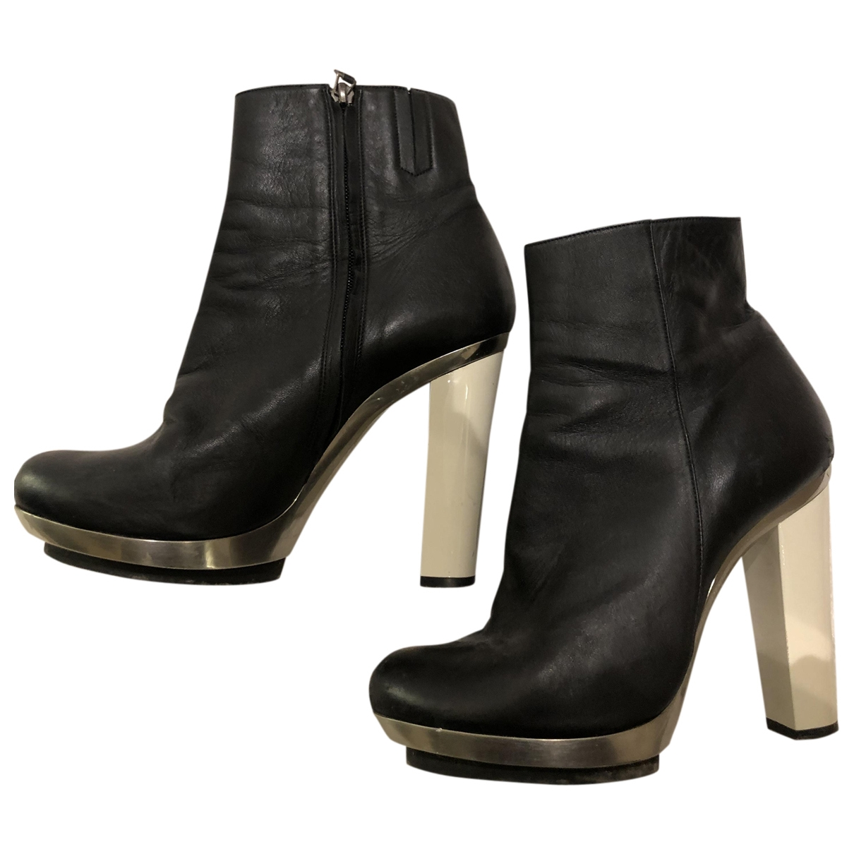 Barbara Bui \N Black Leather Ankle boots for Women 40 EU