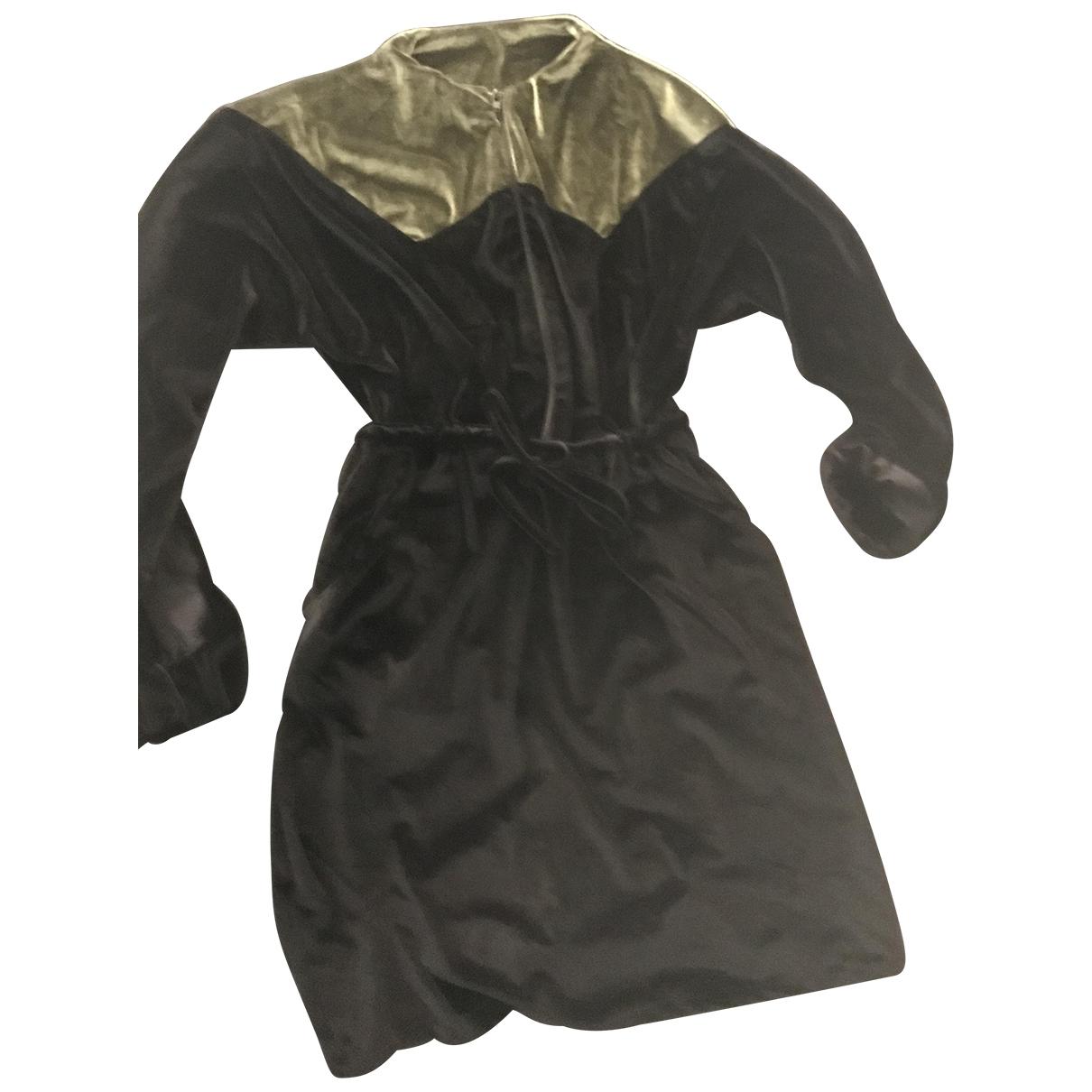 Non Signé / Unsigned \N Black Velvet dress for Women 38 FR
