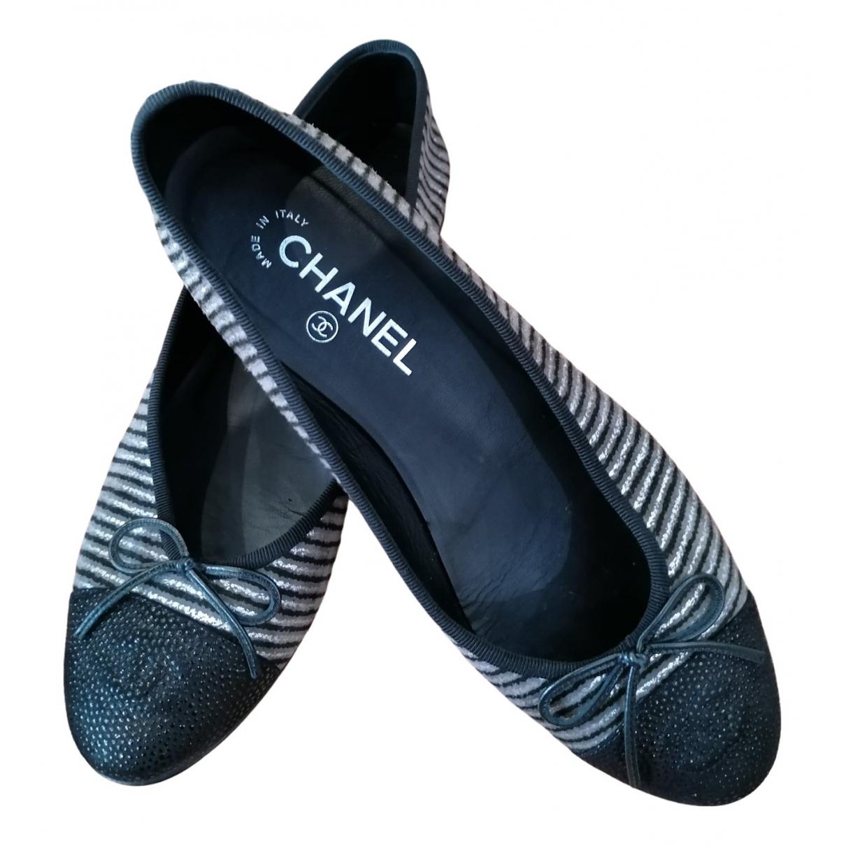 Chanel \N Black Leather Ballet flats for Women 39 EU