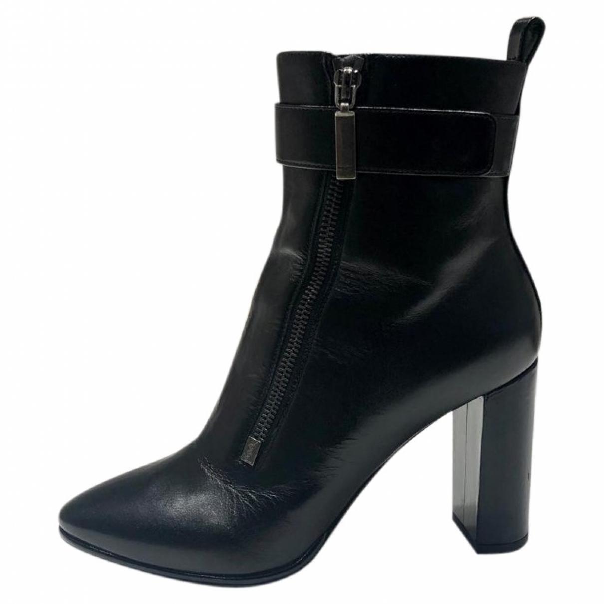 Saint Laurent \N Black Leather Ankle boots for Women 38.5 EU