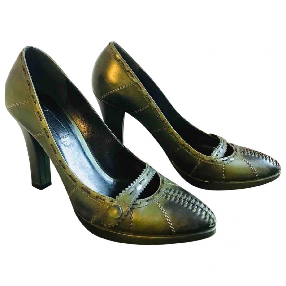Bottega Veneta \N Green Leather Heels for Women 38 EU