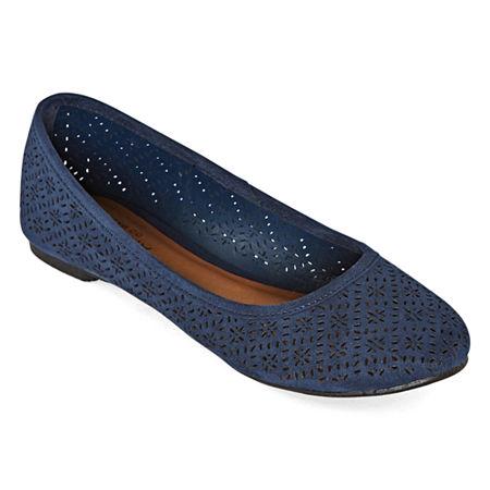 Arizona Womens Maci Slip-on Closed Toe Ballet Flats, 7 1/2 Medium, Blue