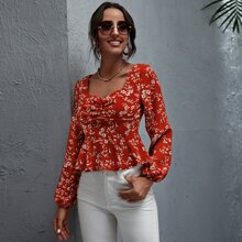 Ruffle Hem Ruched Floral Top