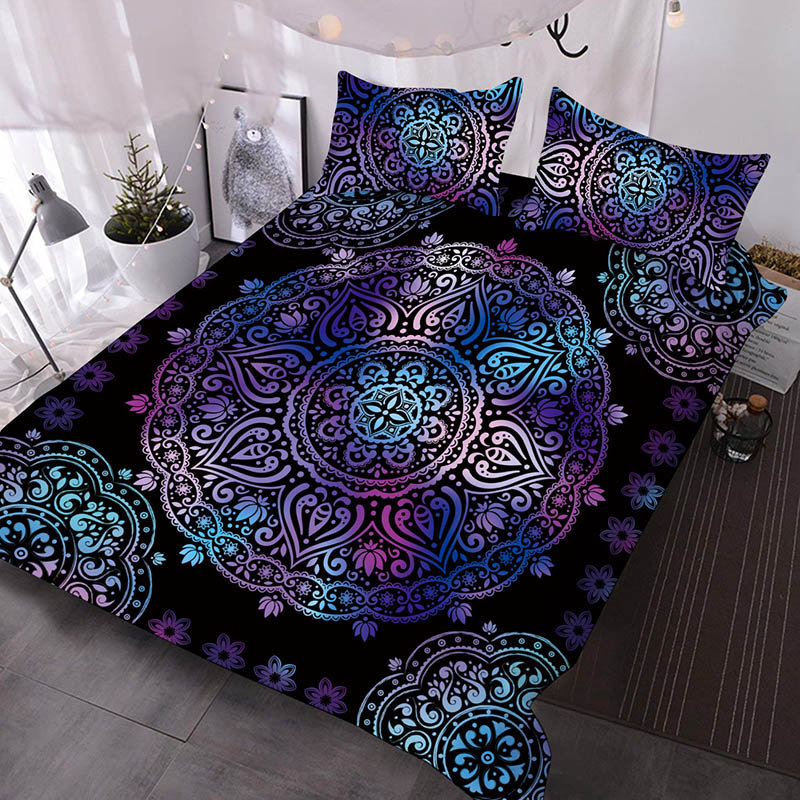 Dark Violet Totem With Bohemian Style Printed Polyester 3-Piece Comforter Sets