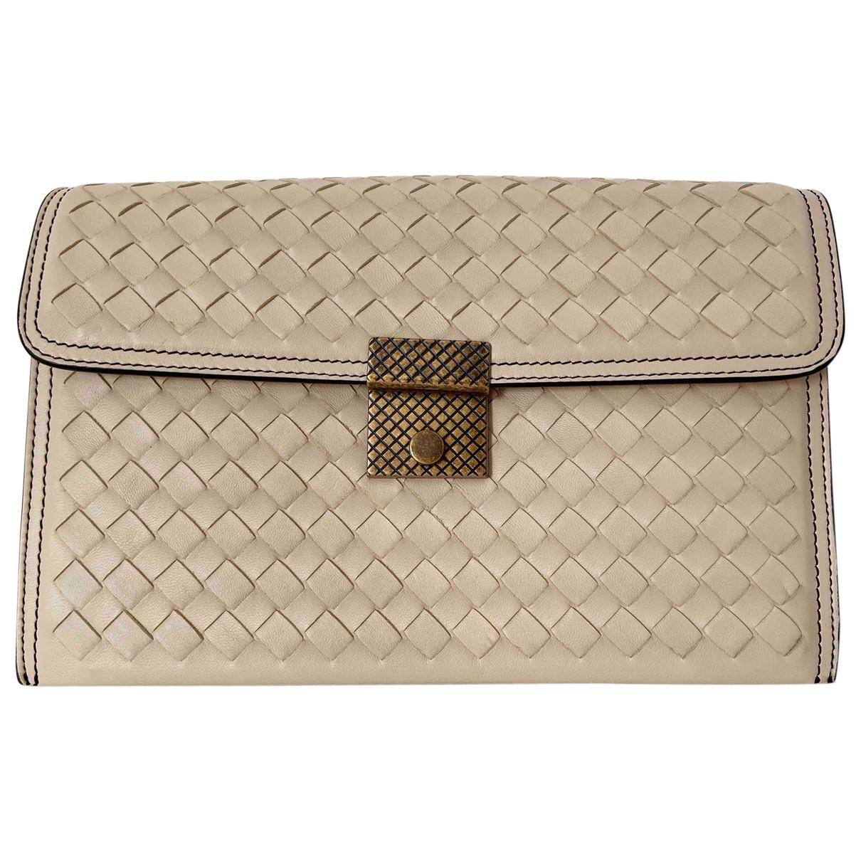 Bottega Veneta \N White Leather handbag for Women \N