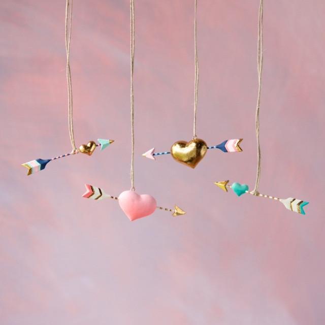 Hearts and Arrows Ornaments Set
