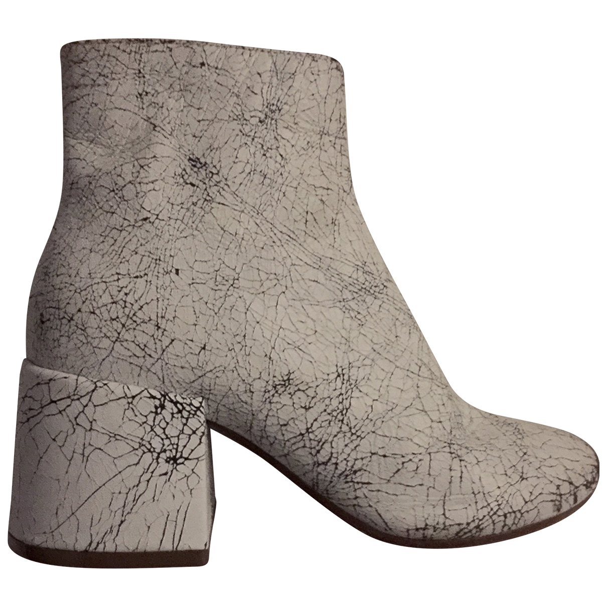 Mm6 \N White Leather Ankle boots for Women 35 EU