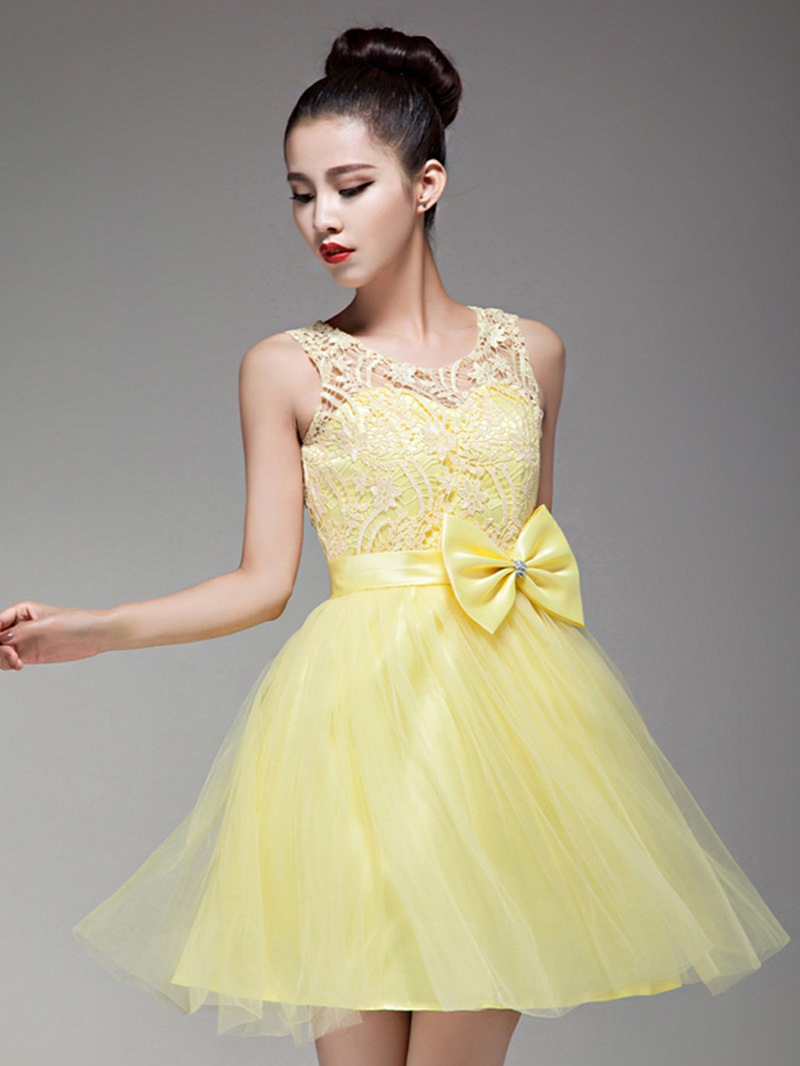 Fresh Bowknot A-Line Sheer Sleeveless Homecoming Dress