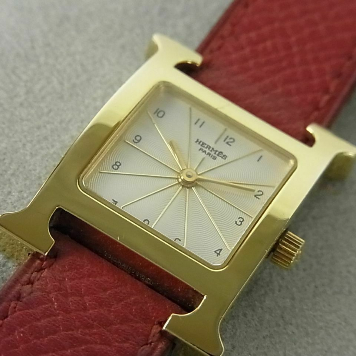 Hermès Heure H Gold plated watch for Women \N