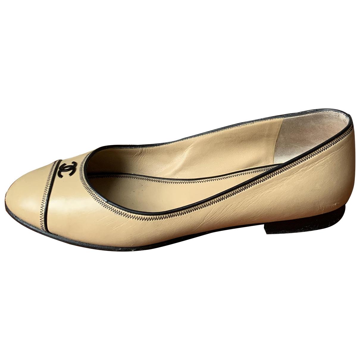Chanel \N Beige Leather Ballet flats for Women 37 EU