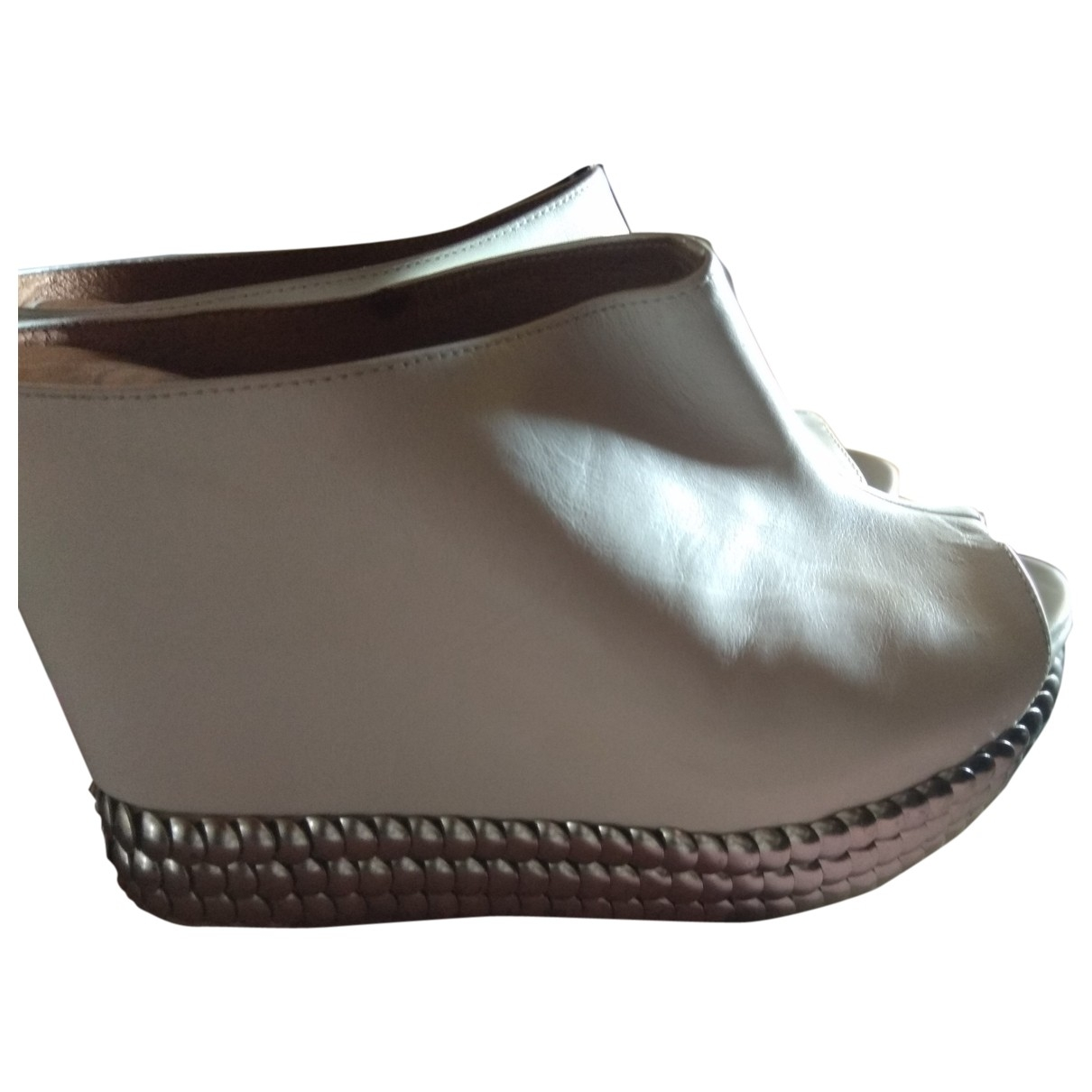 Jeffrey Campbell \N White Leather Mules & Clogs for Women 39 EU
