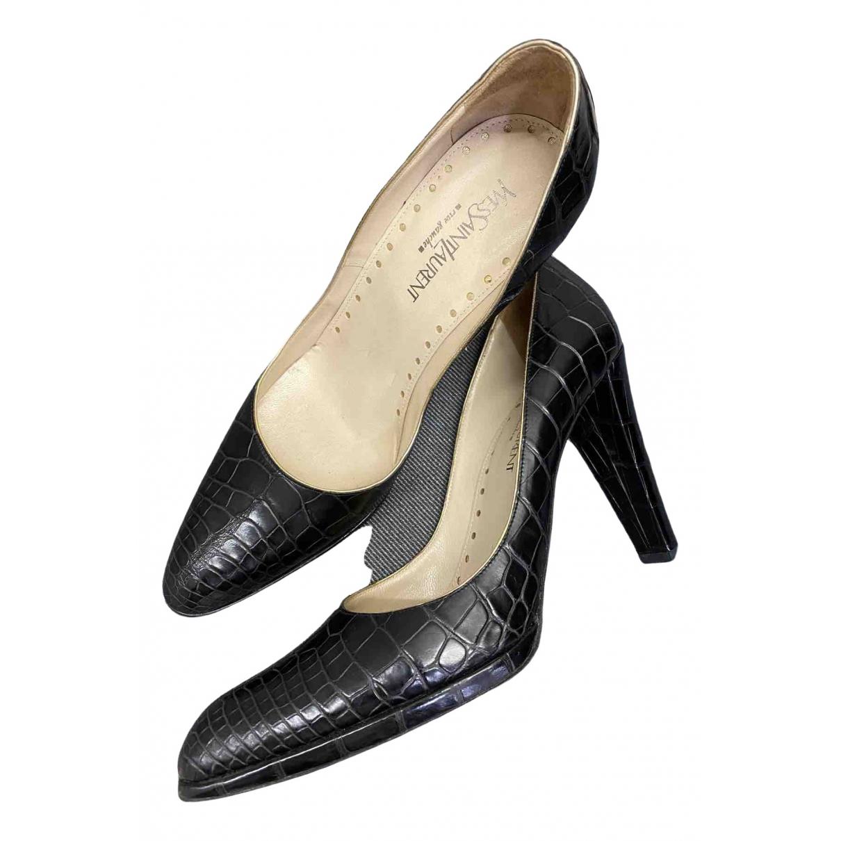 Yves Saint Laurent \N Black Exotic leathers Heels for Women 37.5 EU