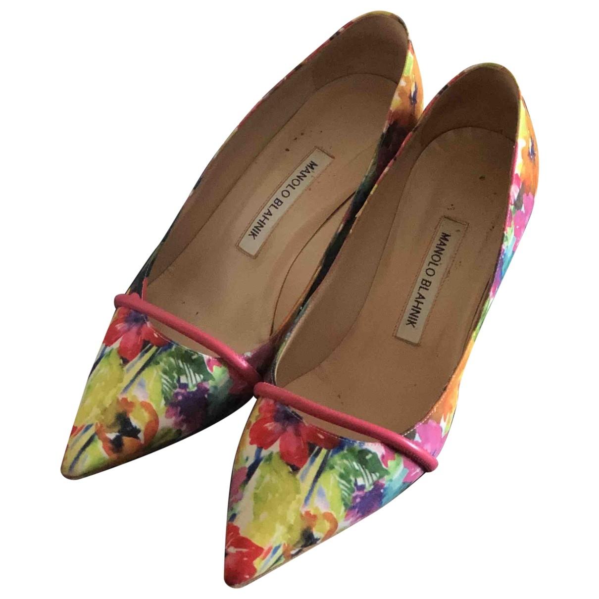 Manolo Blahnik \N Yellow Heels for Women 39 EU