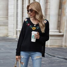 Floral Embroidery Slit Hem Sweater