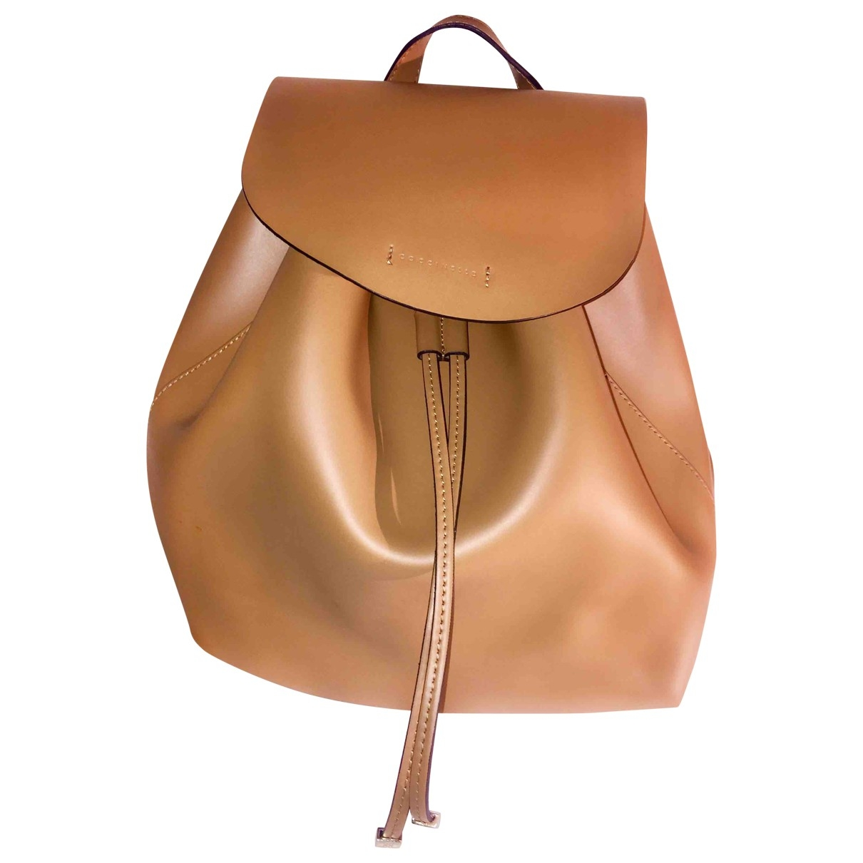 Coccinelle \N Camel Patent leather backpack for Women \N