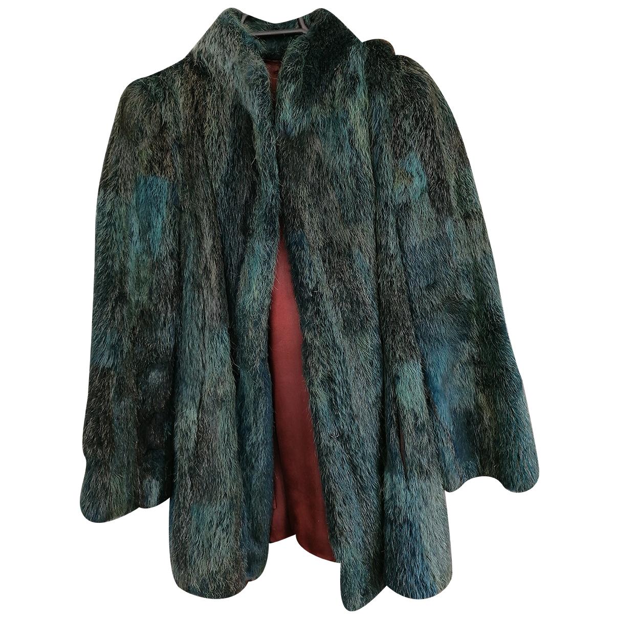 Non Signé / Unsigned \N Green Beaver coat for Women 38 FR