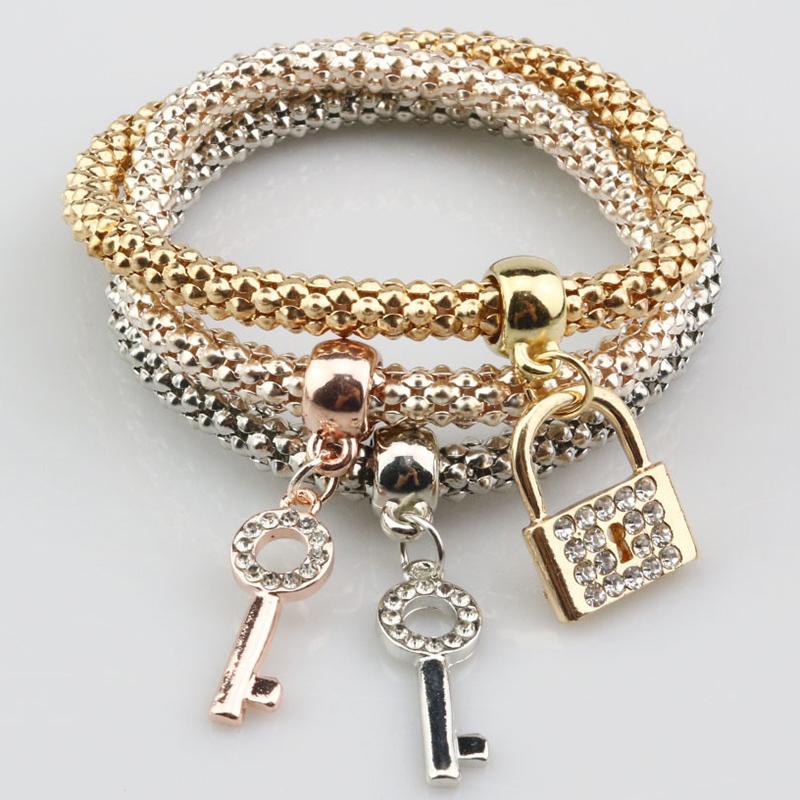 Pretty Multi-Layers Shining Key and Lock Design Wrap Bracelet
