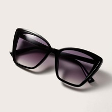 Cat Eye Sunglasses With Case