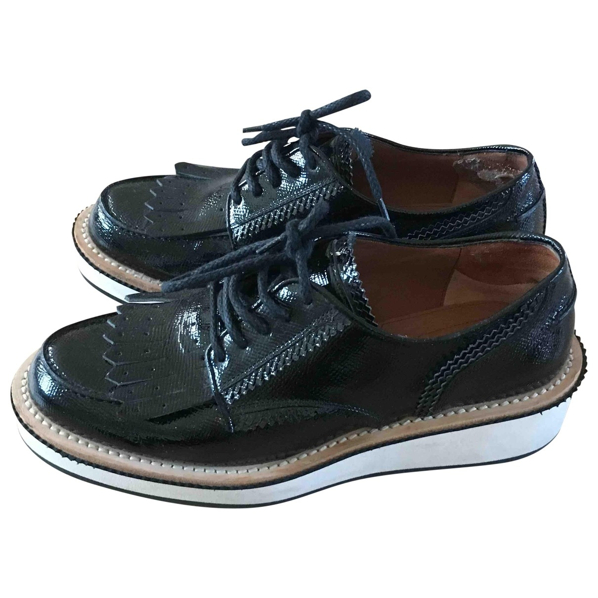 Givenchy \N Black Patent leather Lace ups for Women 39 EU