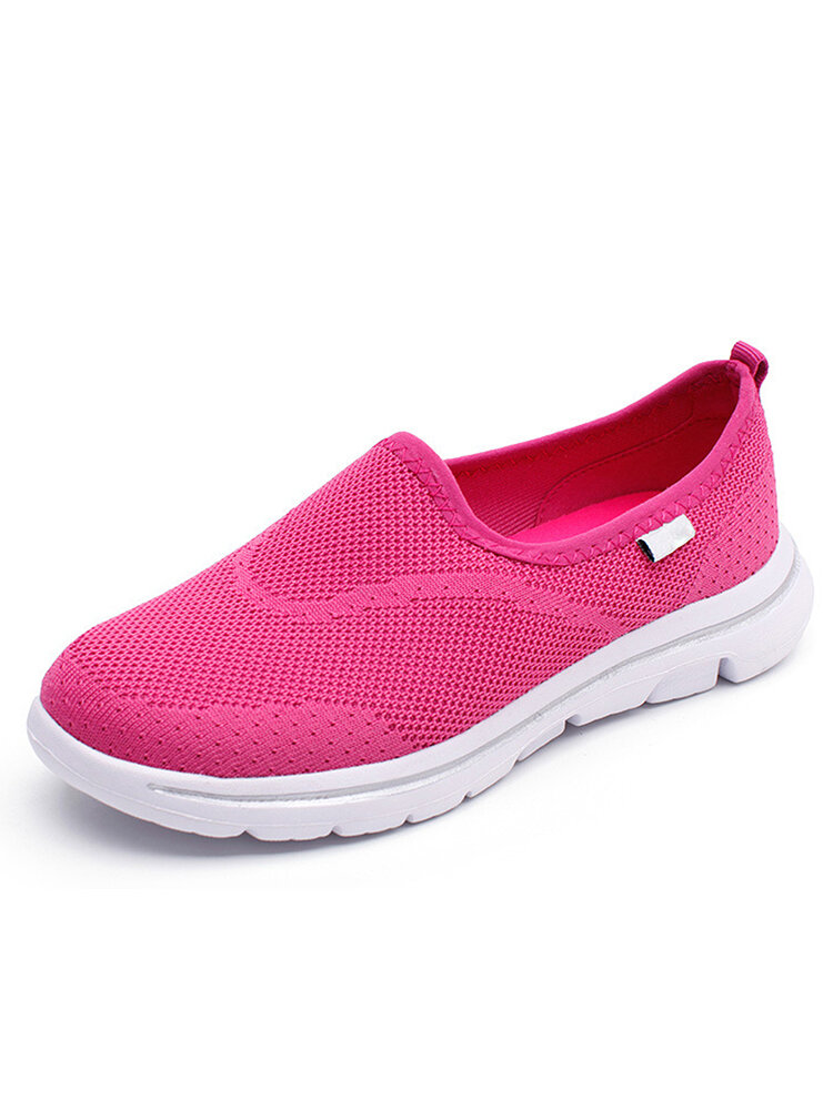 Women Breathable Mesh Round Toe Slip On Flat Sneakers