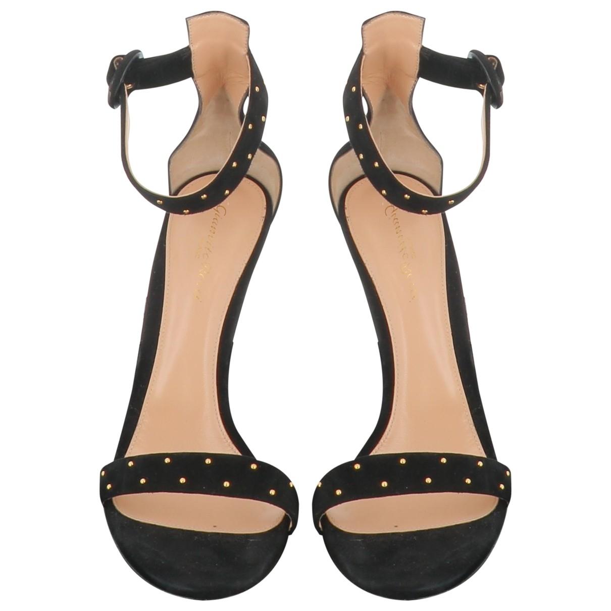 Gianvito Rossi \N Black Suede Sandals for Women 40.5 EU