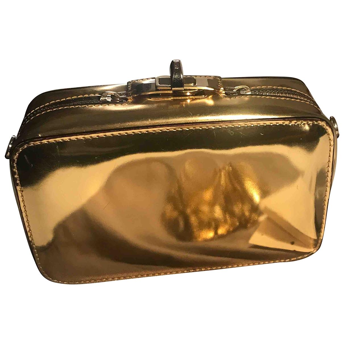 Max Mara \N Gold Leather Clutch bag for Women \N