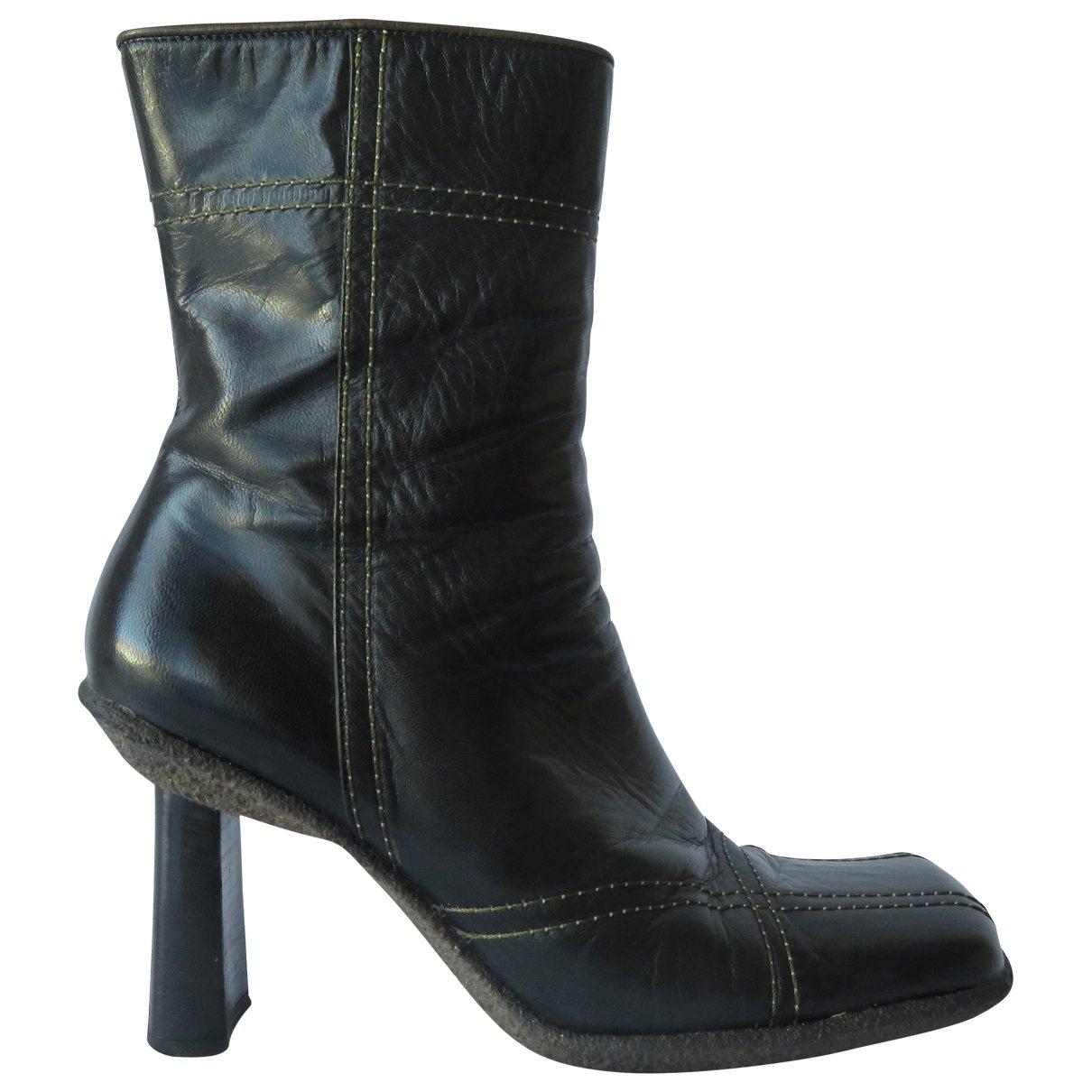 Hugo Boss \N Black Leather Boots for Women 38.5 EU