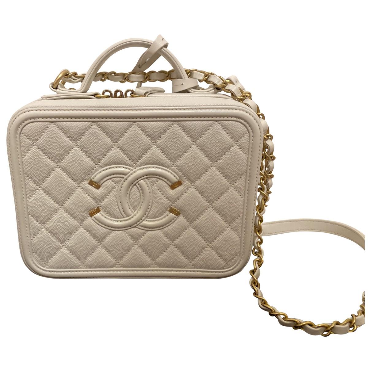 Chanel Vanity White Leather handbag for Women \N