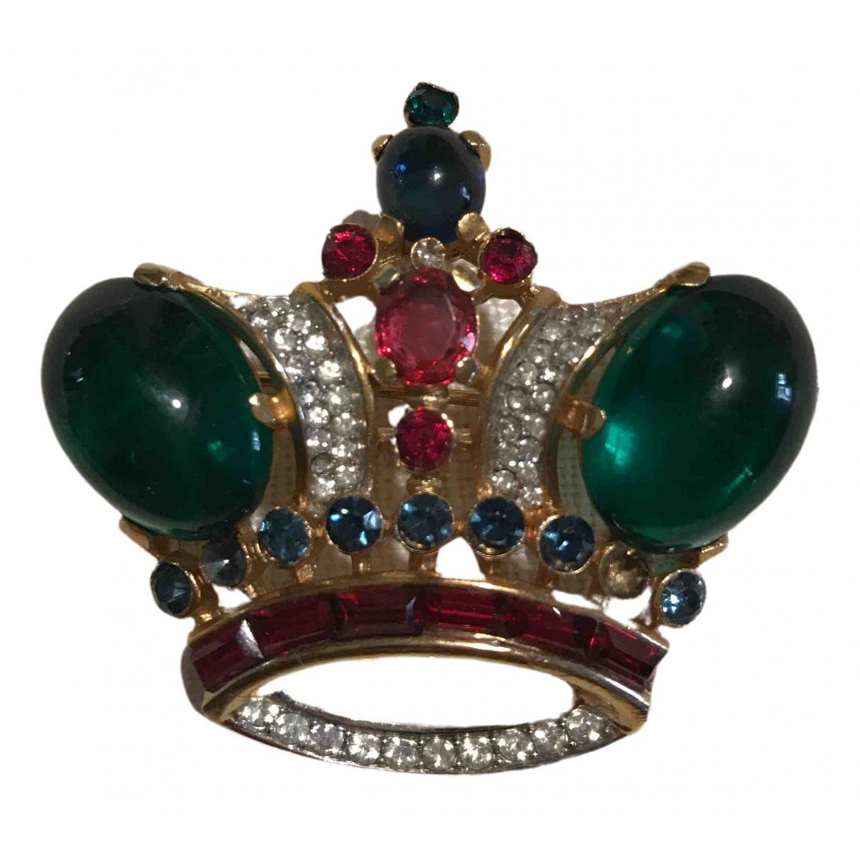 Trifari \N Gold Metal Pins & brooches for Women \N