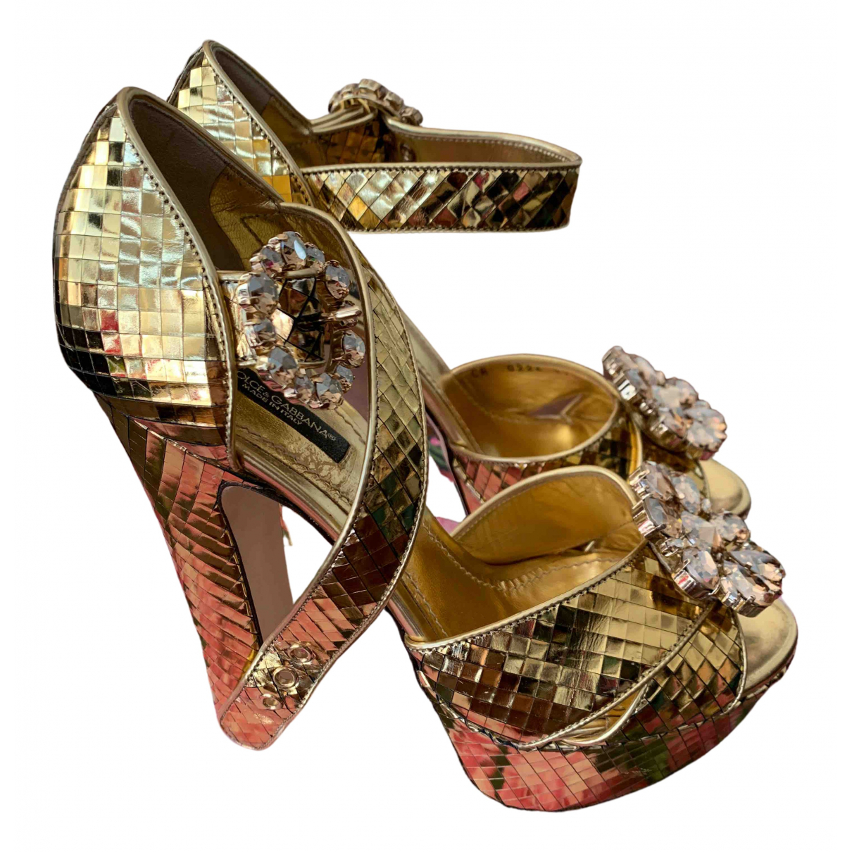 Dolce & Gabbana \N Gold Leather Sandals for Women 37.5 EU