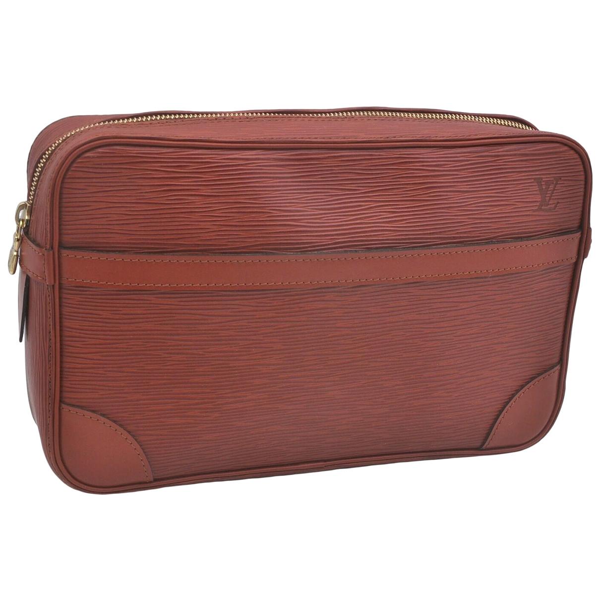 Louis Vuitton \N Brown Leather Clutch bag for Women \N