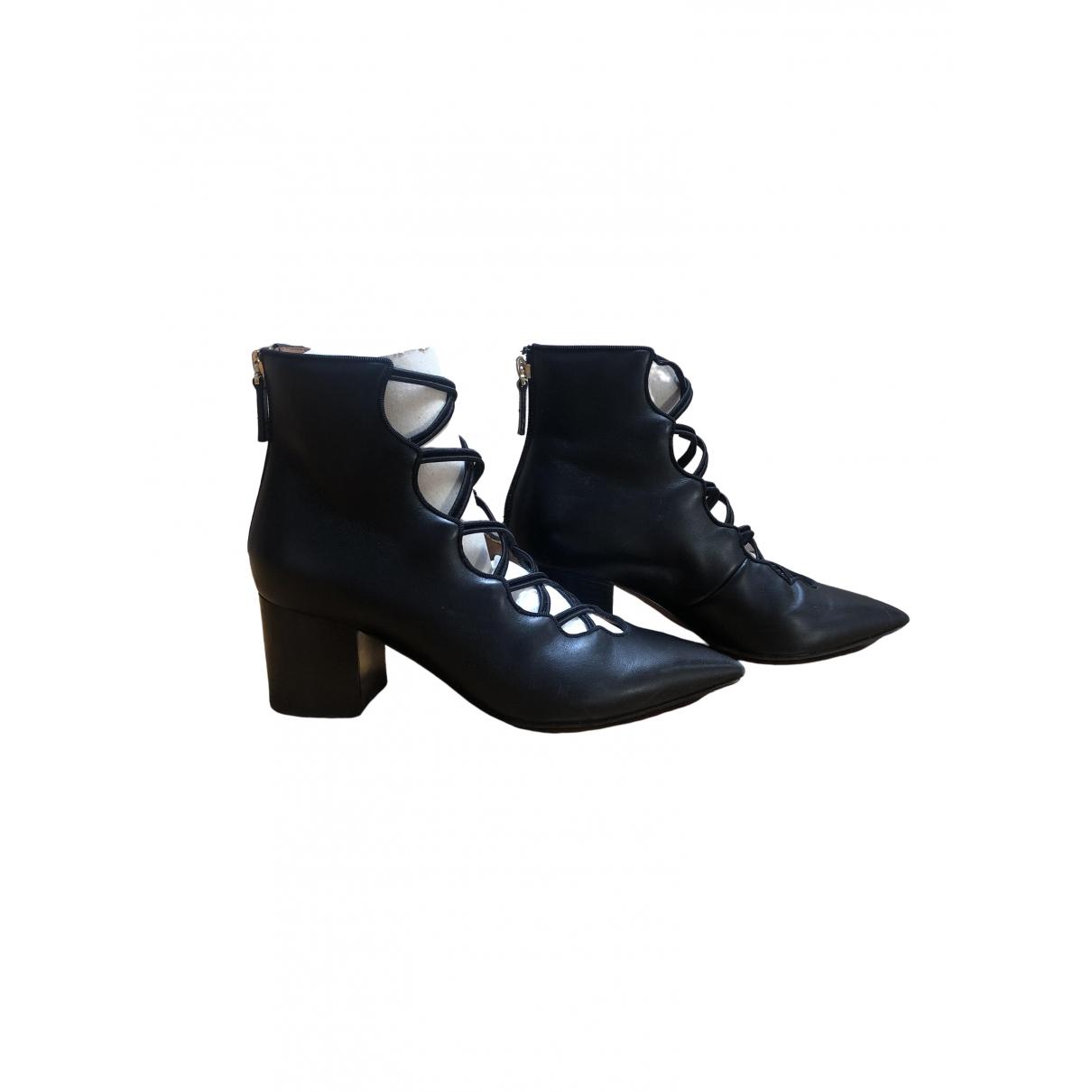 Valentino Garavani \N Black Leather Ankle boots for Women 36 IT