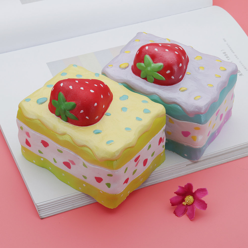 Strawberry Mousse Cake Squishy 10*8*8.5CM Licensed Slow Rising With Packaging Collection Gift