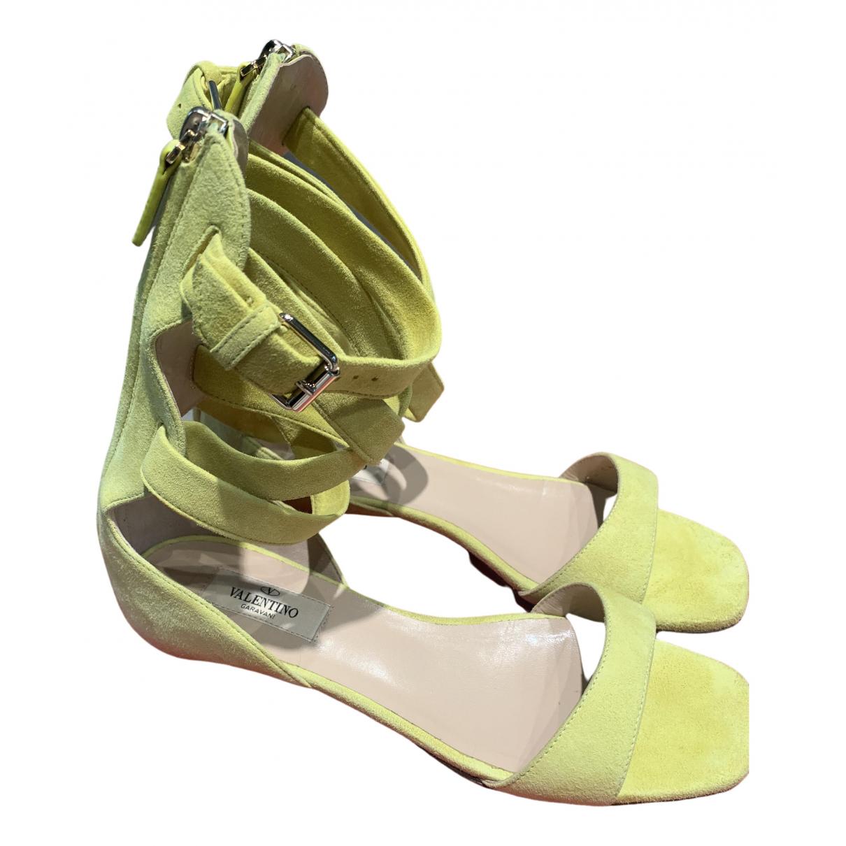 Valentino Garavani \N Yellow Suede Sandals for Women 37 EU