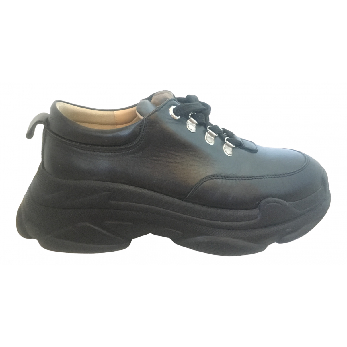 Non Signé / Unsigned \N Black Leather Trainers for Women 39 EU