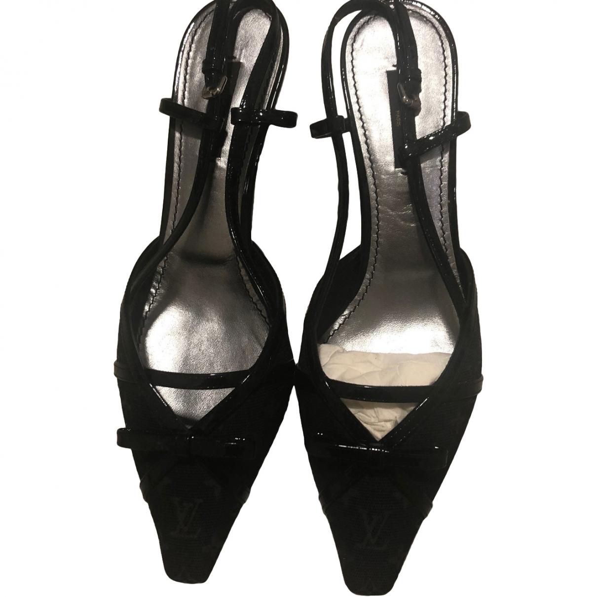 Louis Vuitton \N Black Cloth Heels for Women 36 EU