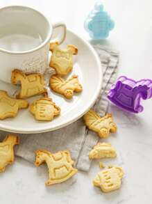 4pcs Kids Random Color Biscuit Mold