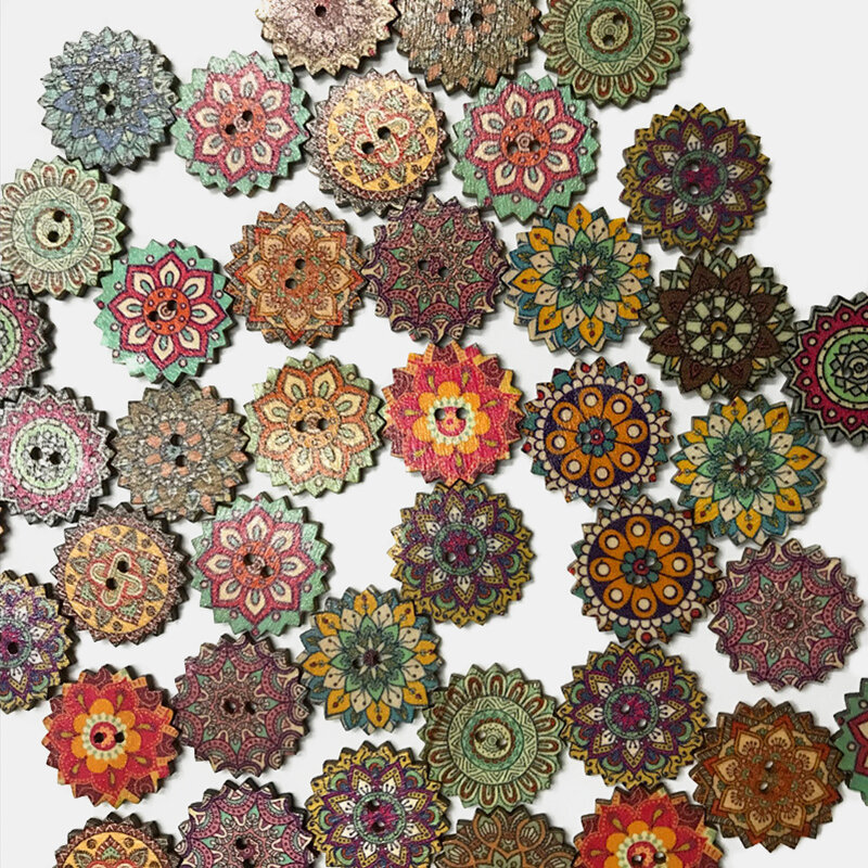 100 Pcs Retro Style Sun Flower Bohemian Buttons Classical Pattern Cartoon Wooden Decorative Buttons