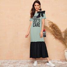 Big Bow Detail Slogan Graphic Ruffle Hem Dress