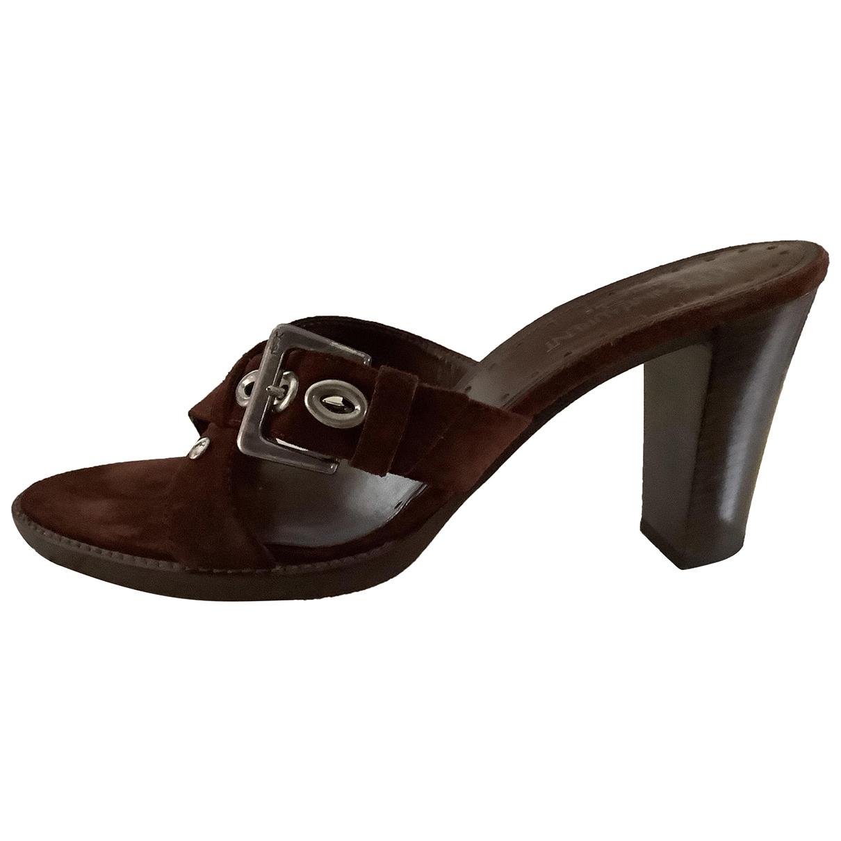 Yves Saint Laurent \N Brown Suede Sandals for Women 40 IT