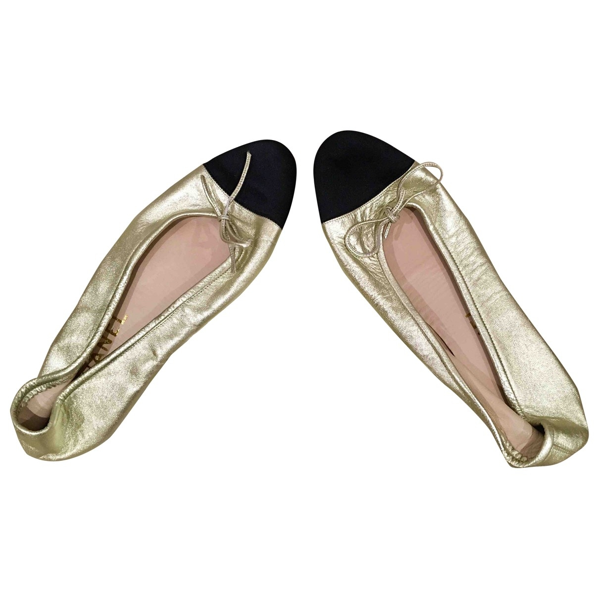 Chanel \N Gold Leather Ballet flats for Women 37 EU