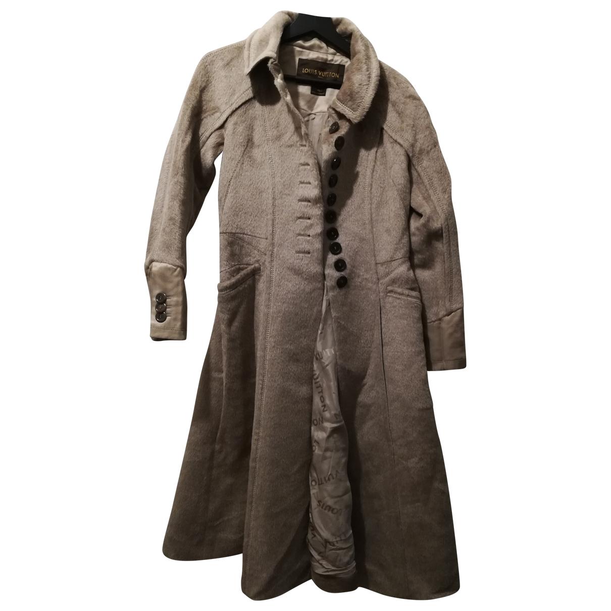 Louis Vuitton \N Beige Wool coat for Women 40 FR