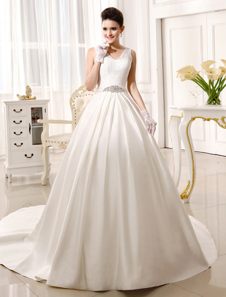 Milanoo Chapel Train Ivory Bridal Wedding Gown with V-Neck A-line Rhinestone