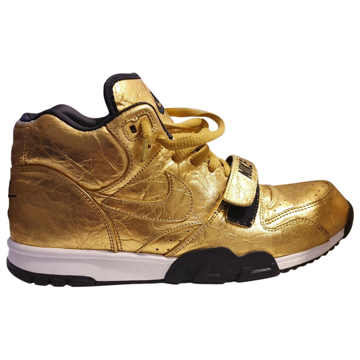 Nike \N Gold Leather Trainers for Men 45.5 EU