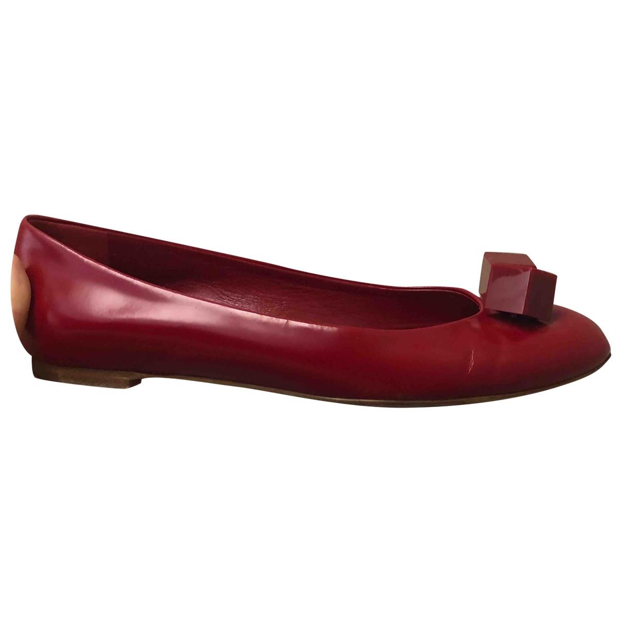 Louis Vuitton \N Red Rubber Ballet flats for Women 36.5 EU