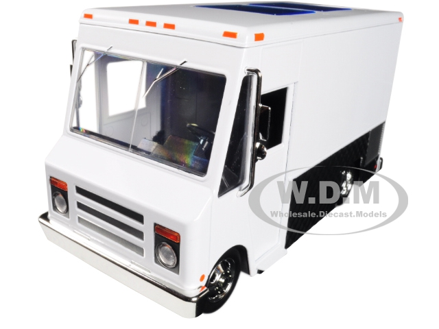 Food Truck White