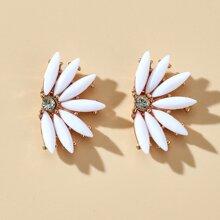 Floral Shaped Stud Earrings
