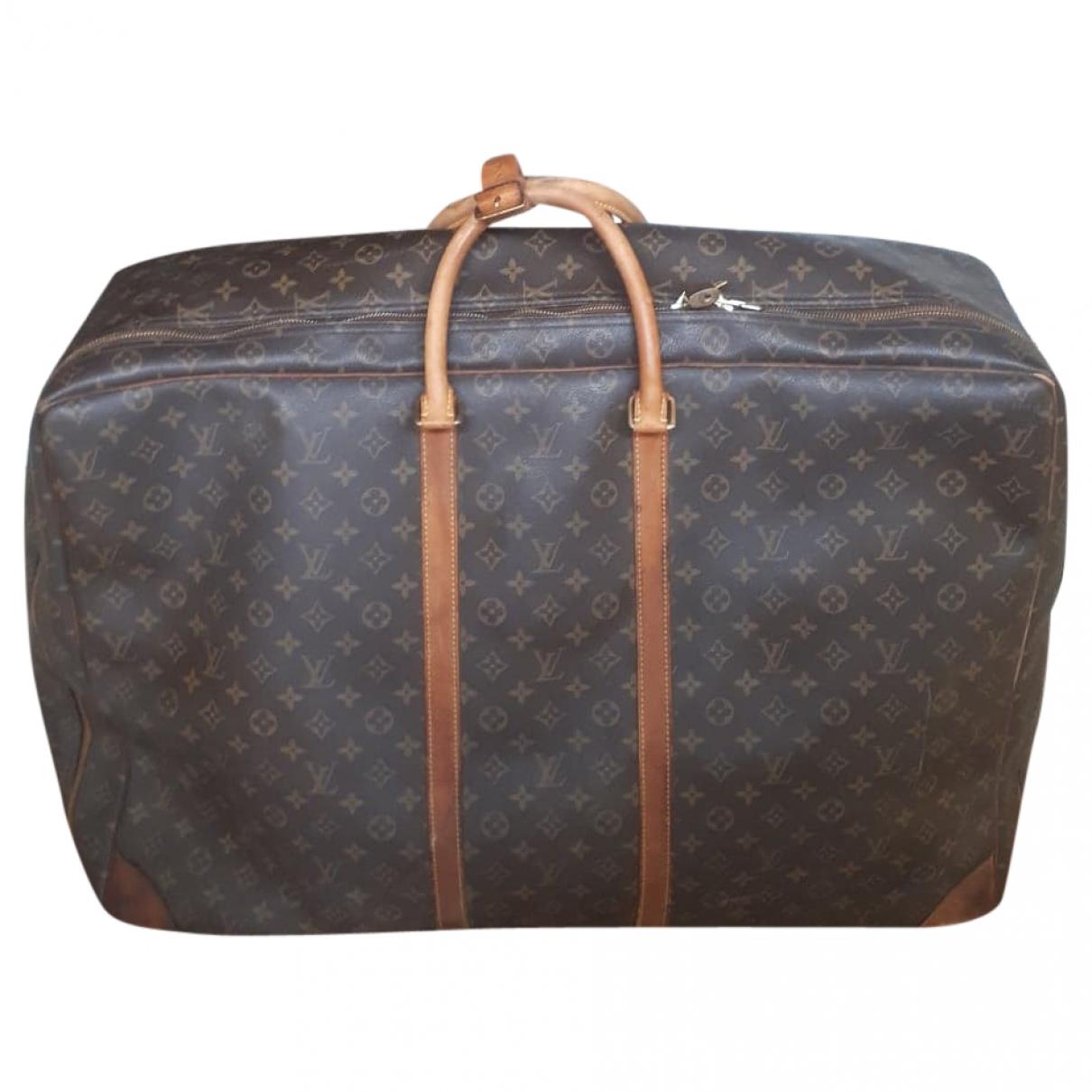 Louis Vuitton Sirius  Brown Cloth Travel bag for Women \N
