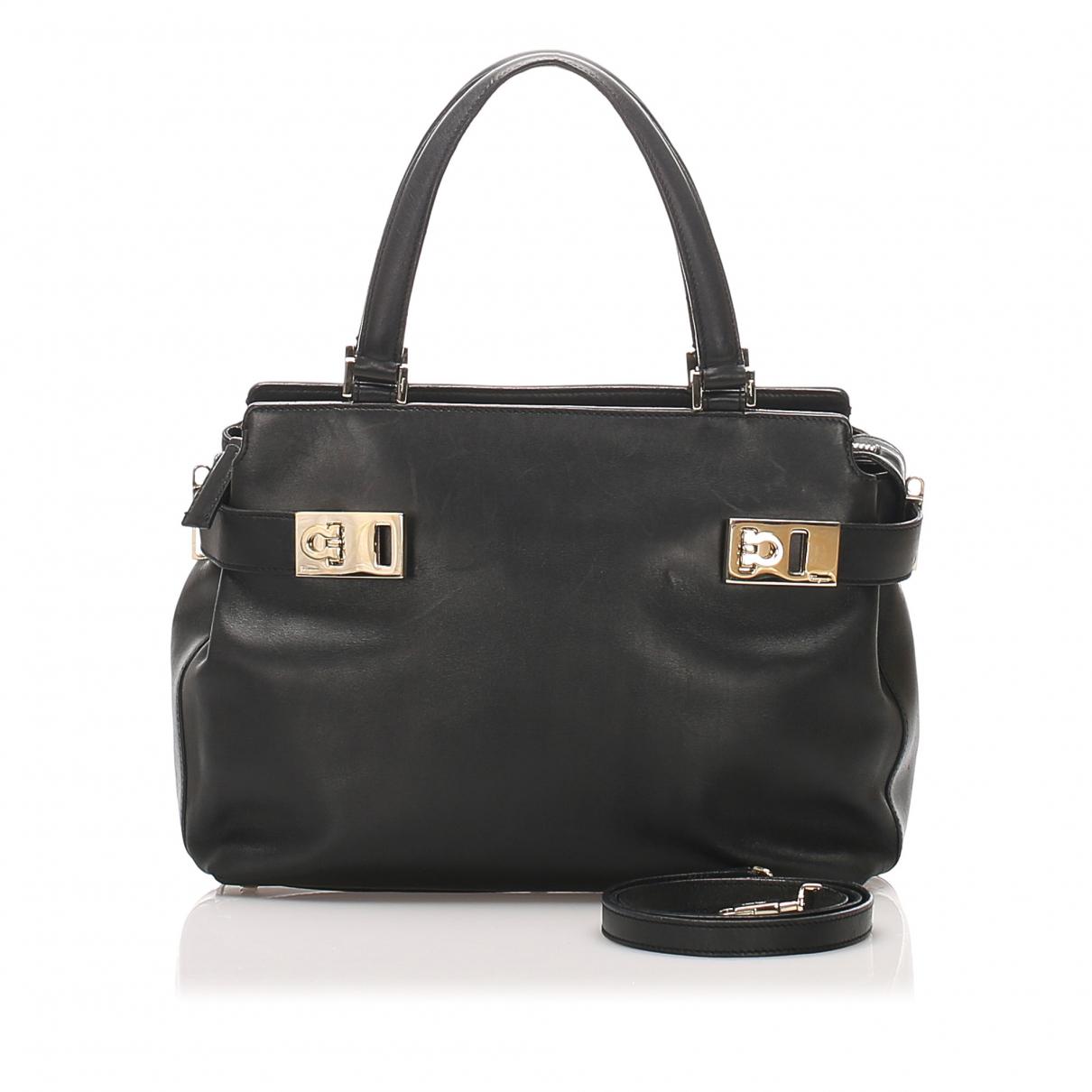 Salvatore Ferragamo \N Black Leather handbag for Women \N